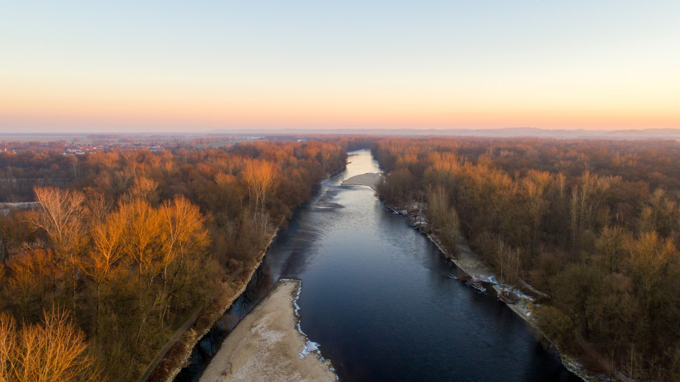 Reka Mura v Ižakovcih