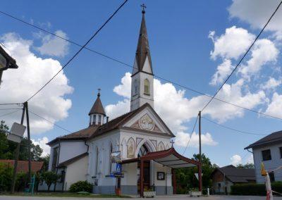Kapela Marije Snežne v Melincih